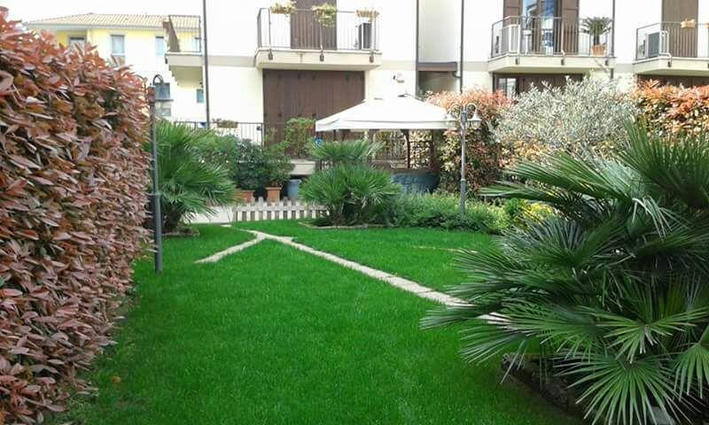 Giardinaggio milano giardiniere milanogiardiniere milano for Giardiniere milano